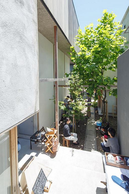 Eureka Works Dragon Court Village 入居後/years Later